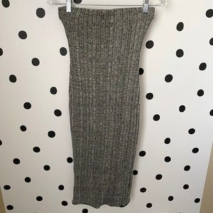🌈5/$25🌈Black bead dress size M